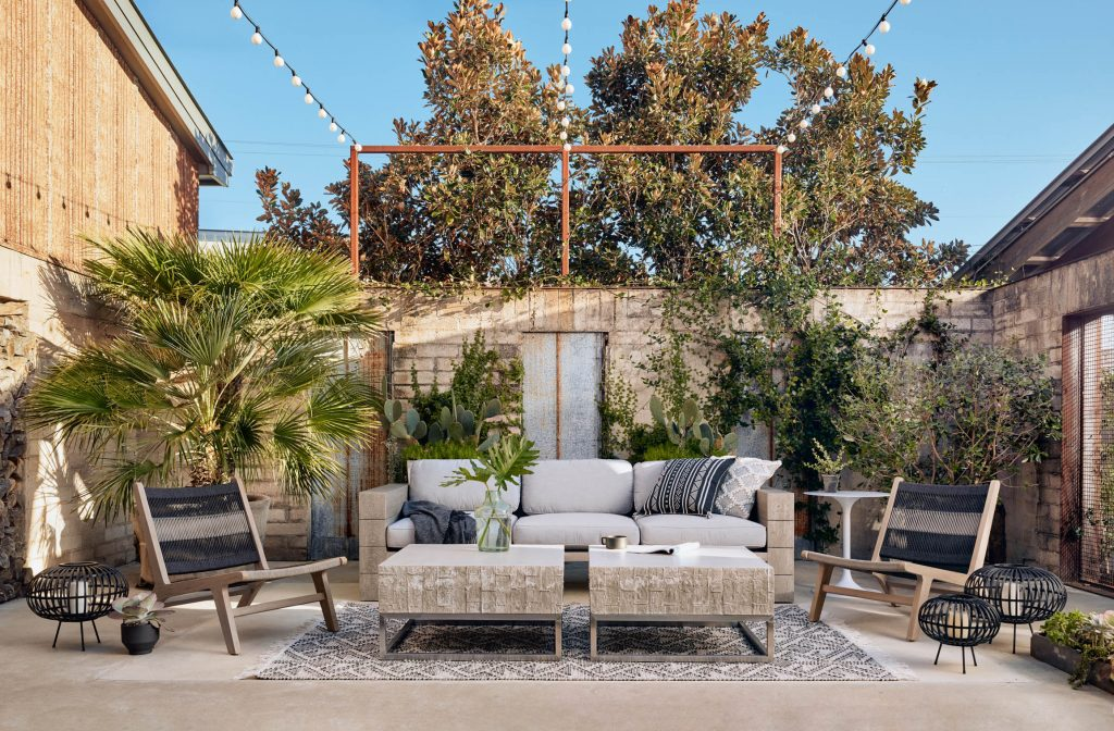 Patio Furniture - FOUR HANDS BANNER PICTURE2
